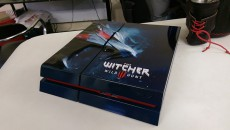 The Witcher 3 PS4 case mod