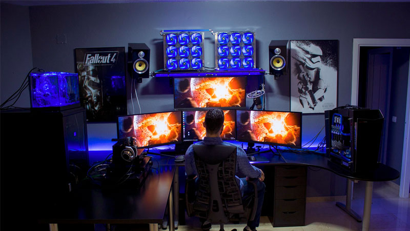 9 Amazing Pc Gaming Battle Stations